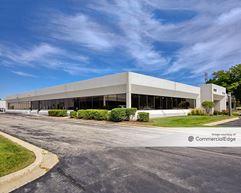 North Grove Corporate Park - 8120-8140 Lehigh Avenue & 8125-8145 River Drive - Morton Grove