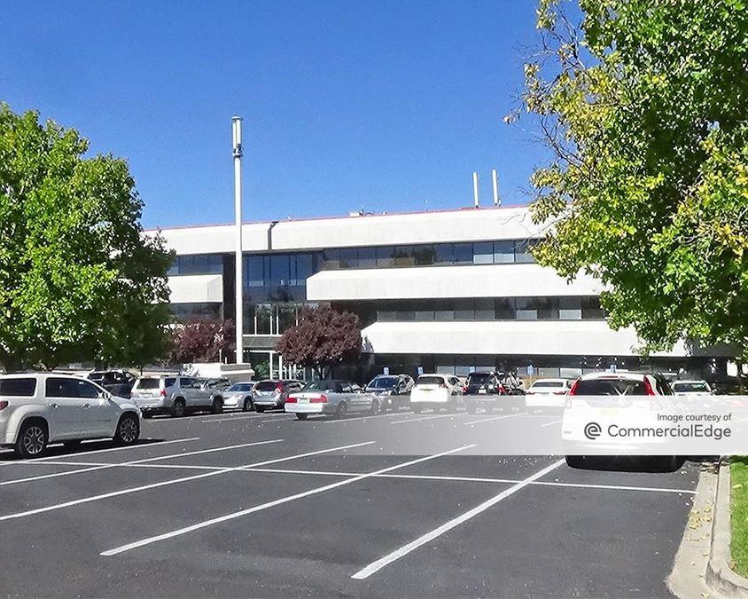 Tanoan Office Plaza