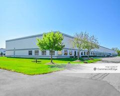 Detroit Metro Airport Center - 11505 Wayne Road, 11400 & 11600 Metro Airport Center Drive - Romulus