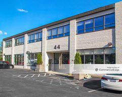 44 Executive Blvd - Elmsford