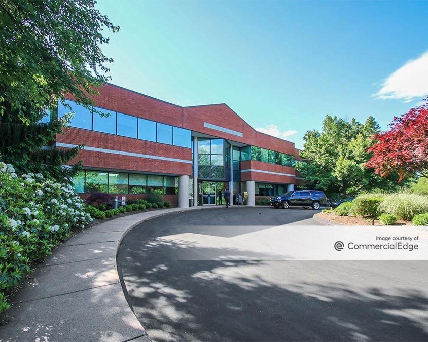 Farmington Corporate Park - 10 Executive Drive