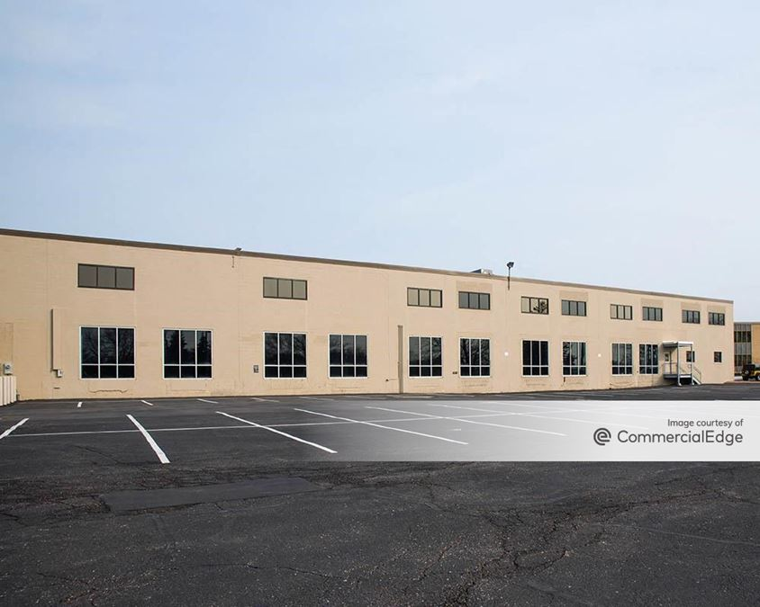 Jet 55 Corporate Center