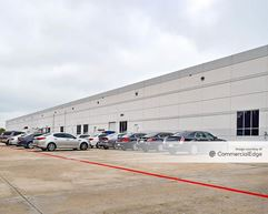 121 Corporate Center - Coppell