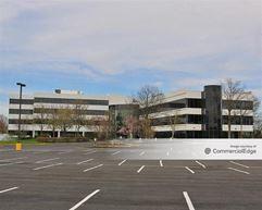 Laurel Corporate Center - 2000 & 4000 Midlantic Drive - Mount Laurel