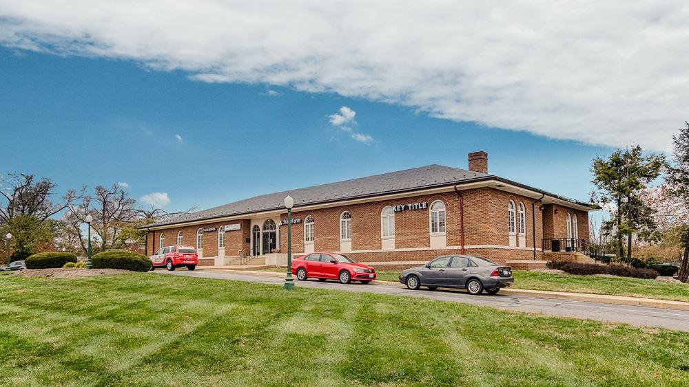 John Marshall Hwy. Office Building