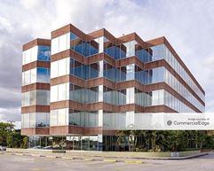 2828 Coral Way - Miami