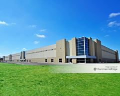 Seasons Business Center 4 - Stow