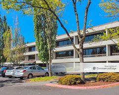Lloyd Corporate Plaza - Portland