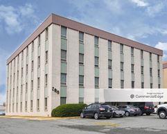 Riverdale Office Park - 2019 Cunningham Drive - Hampton