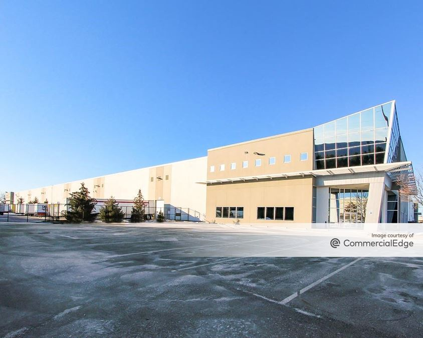 Plainfield Business Park - 1390 South Perry Road