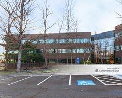 Corporate Oaks 2 - Herndon