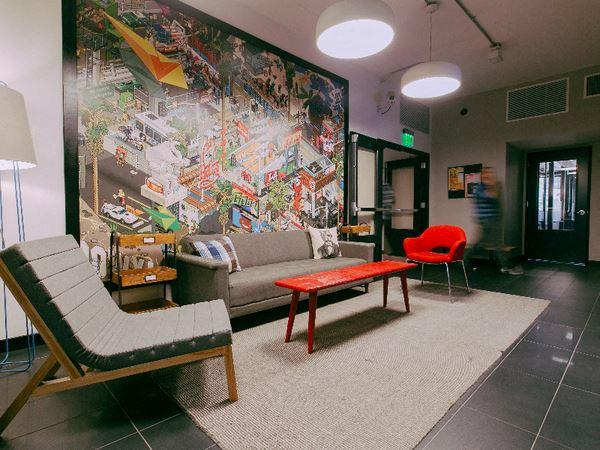 Office Freedom | University Ave