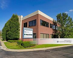 14460 Lakeside Circle - Sterling Heights