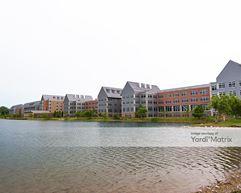 Grace Lake Corporate Center - Van Buren