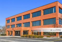Bond Street Office Complex - Naperville