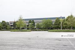 Kemper Lakes Business Center - Three Corporate Drive - Lake Zurich