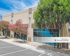 University Park Business Center - 5700 Northwest Pkwy - San Antonio