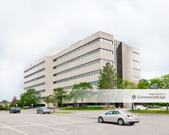 Robbins Executive Park West - 750 Stephenson Hwy - Troy