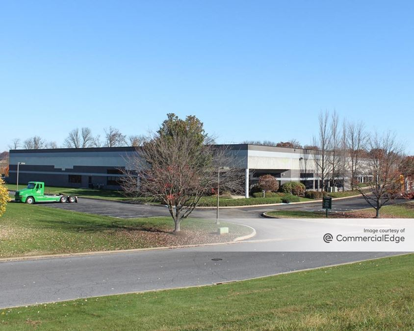 Highlands Corporate Center - 735 Fox Chase Road