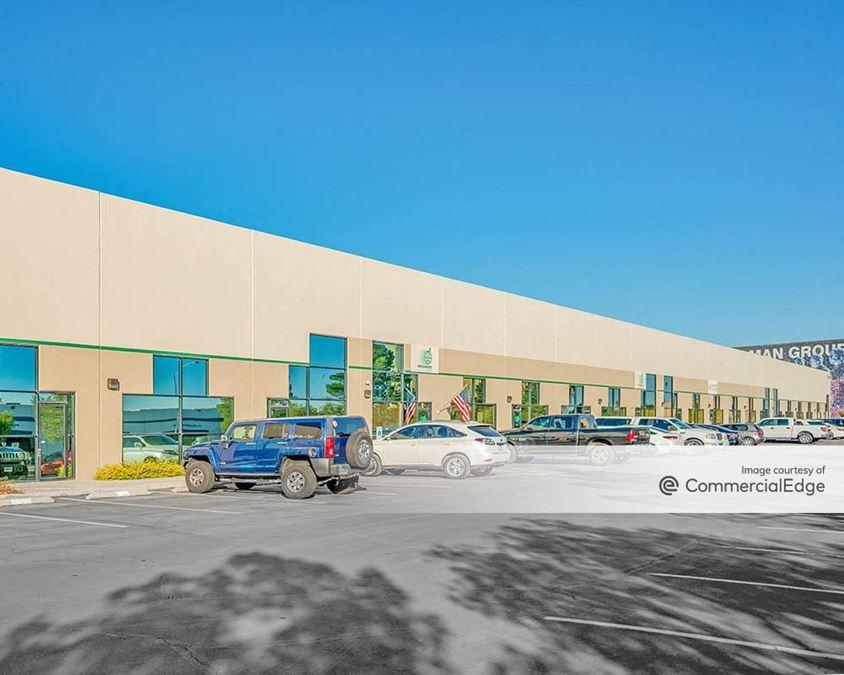 West One Business Center - Bldg. 3