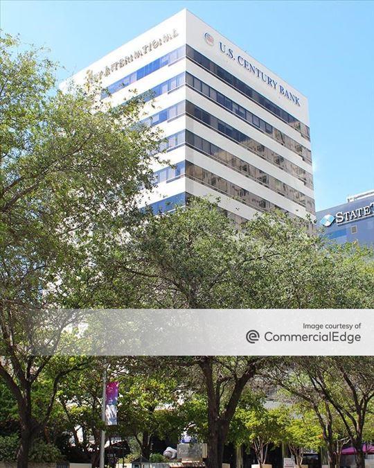 848 brickell avenue, miami, fl   office space