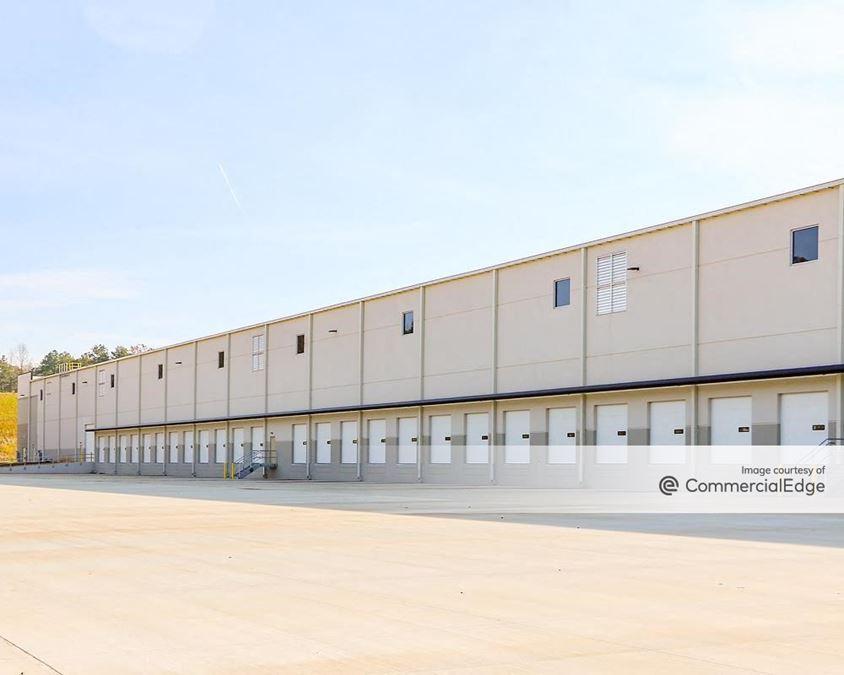Core5 Logistics Center at Interstate West