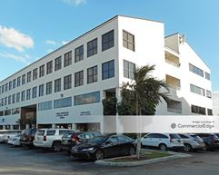 Kendall Summit - Miami
