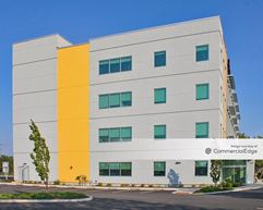 University Medicine Patient Center - Riverside