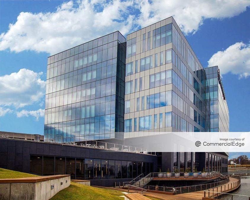Westport Plaza - World Wide Technology Headquarters