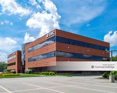 The Offices at the Crossings - 200 Crossings Blvd - Warwick