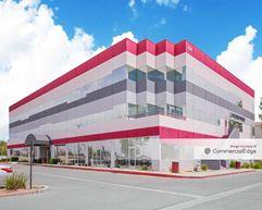 1529 East Palmdale Blvd - Palmdale