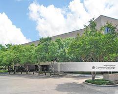 7272 Greenville Avenue - Dallas