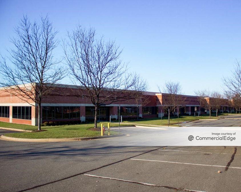 Loudoun Tech Center - 21660, 21670 & 21680 Ridgetop Circle
