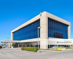 Thornton Business Center - Dallas