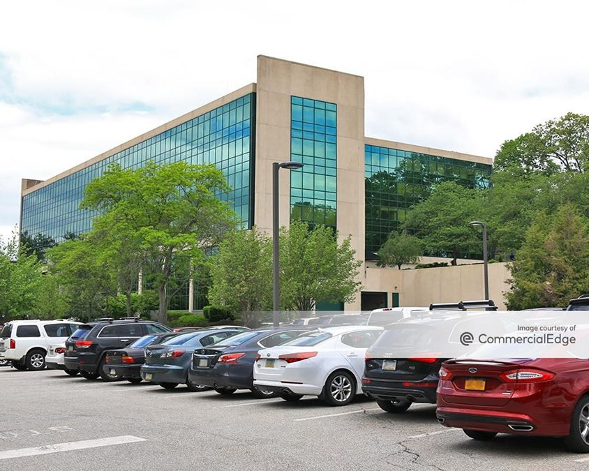 Radnor Financial Center - 201 King of Prussia Road