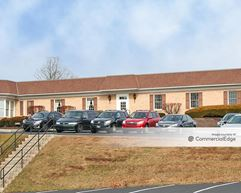 3240 Schoolhouse Road - Middletown