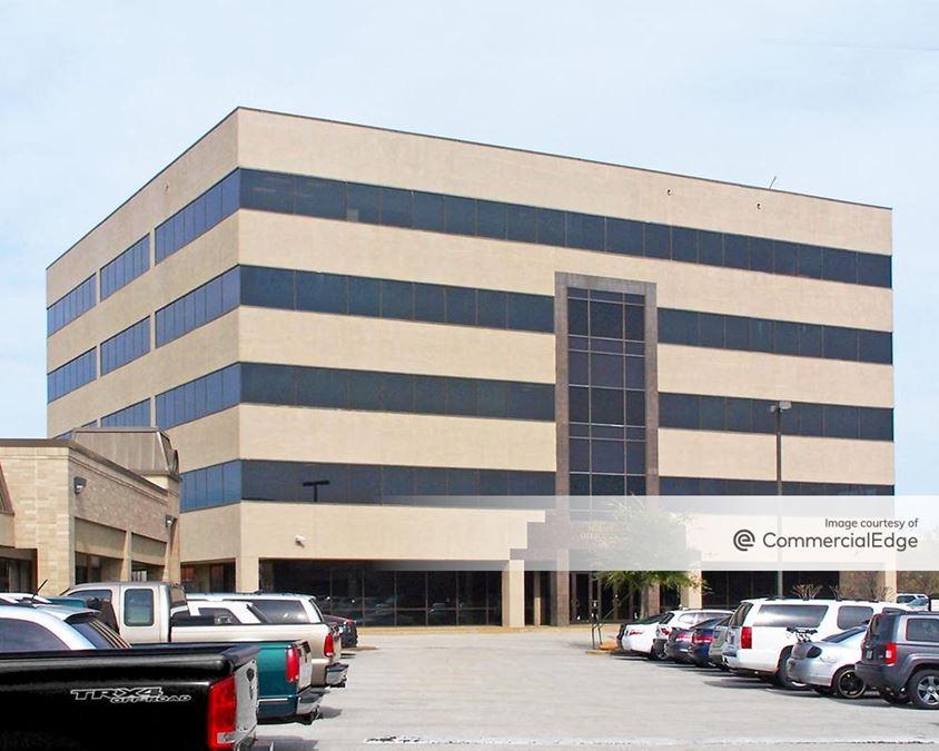 Mira Vista Commons - 6100 Southwest Blvd