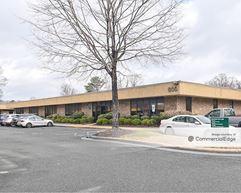 Executive Center - Buildings 700, 800 & 1000 - Newport News