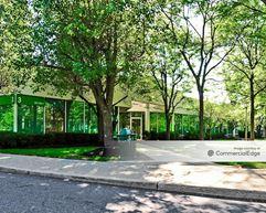 Regent Park - Livingston