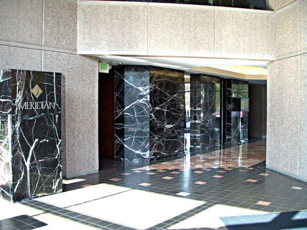 Office Freedom   1995 North Park Place