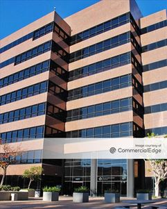 4801 Airport Plaza Drive - Long Beach
