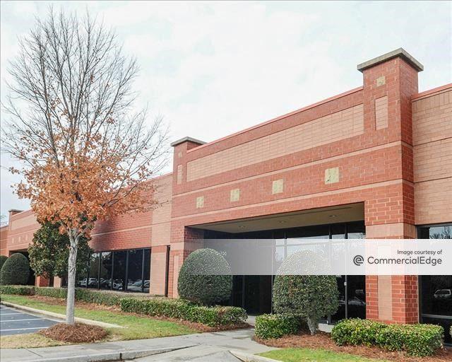 Sugarloaf Business Center