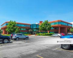 Centerpointe Corporate Park - 350 Essjay Road - Williamsville