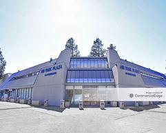 Air Park Plaza - Oakland