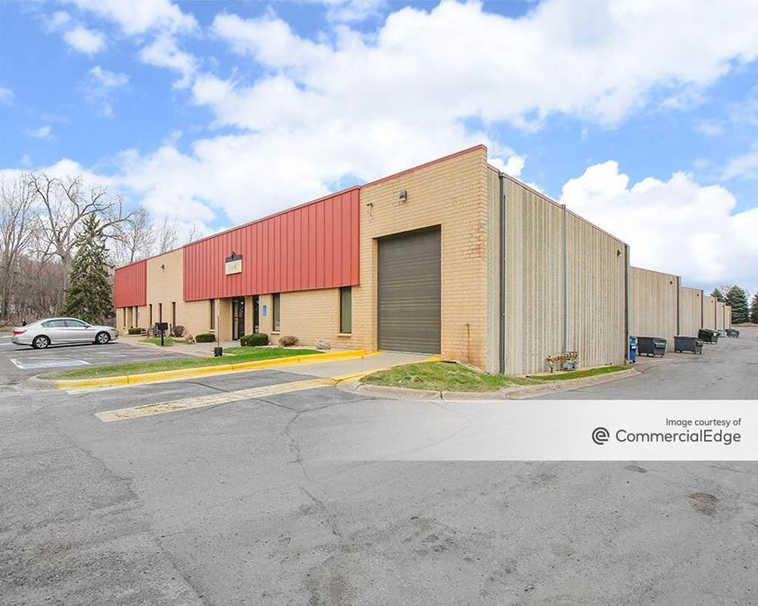 Maplewood Business Center 2