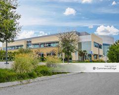 Cabrillo Business Park - 6601 Hollister Avenue - Goleta