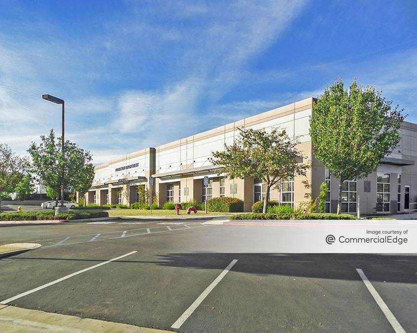 Silverhawk Business Park