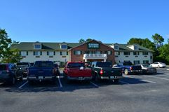 Independent, Interior Corridor Hotel For Sale in Fitzgerald, GA! - Fitzgerald