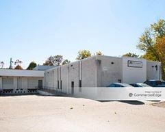 Holmes Corporate Center - 101 & 500 Pine Street - Holmes