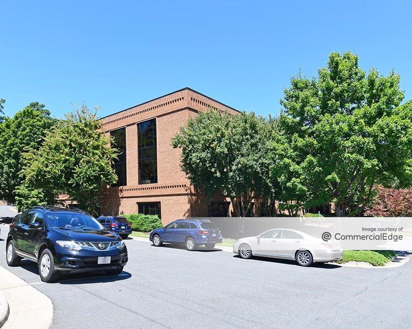 3201 Glenwood Avenue